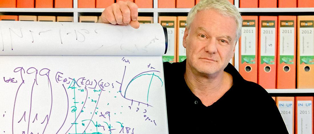 Geschäftsführer Philip Brock setzt auf die Künstliche Intelligenz, Bild: WFB/Pusch