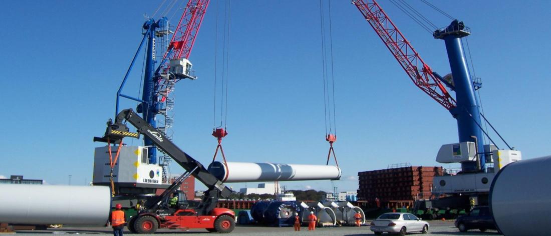 Besonders in der Windkraft sind Transportprojekte planungsintensiv: Live-Monitoring hilft, den Überblick zu bewahren © LSA