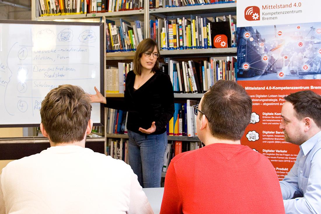 Individuelle Beratung und Weiterbildungen zur Digitalisierung: Im Mittelstand 4.0-Kompetenzzentrum Bremen: Bild: WFB