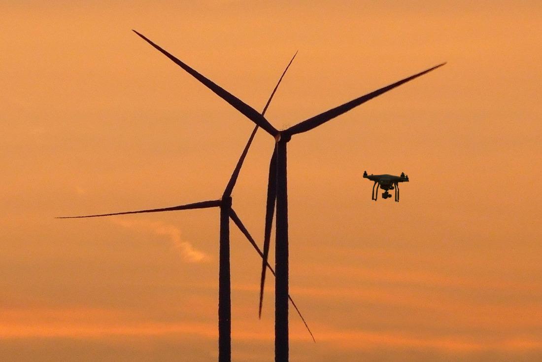 Das Bremer BIBA forscht an Drohnen in der Windenergie (Symbolbild)
