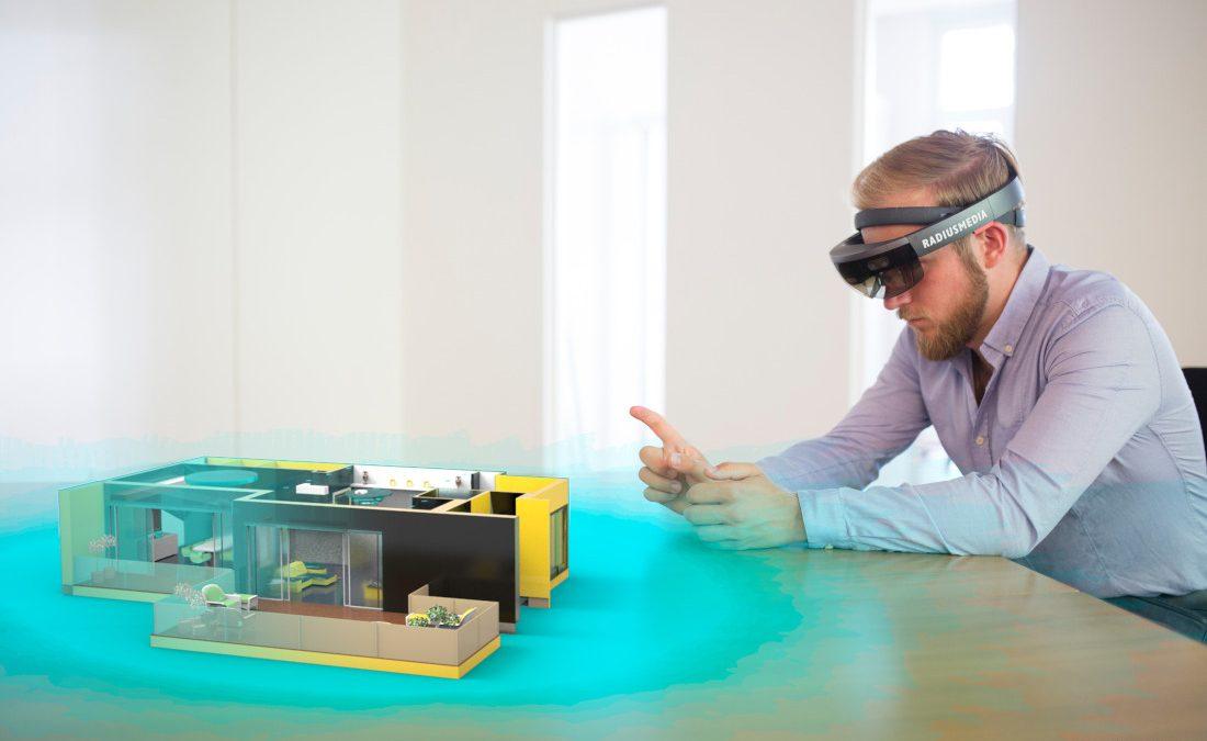 Echtes und virtuelles verbinden: die Microsoft Hololens macht's möglich, Bild: RADIUSMEDIA
