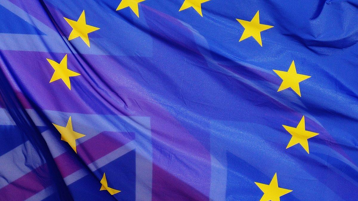 Eine Fotomontage in der die Britische und die Europäische Flagge übereinander gelegt wurden